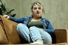 Mandy-Couch-1-klein